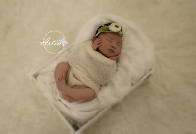 mila-newborn-photography-vancouver-15