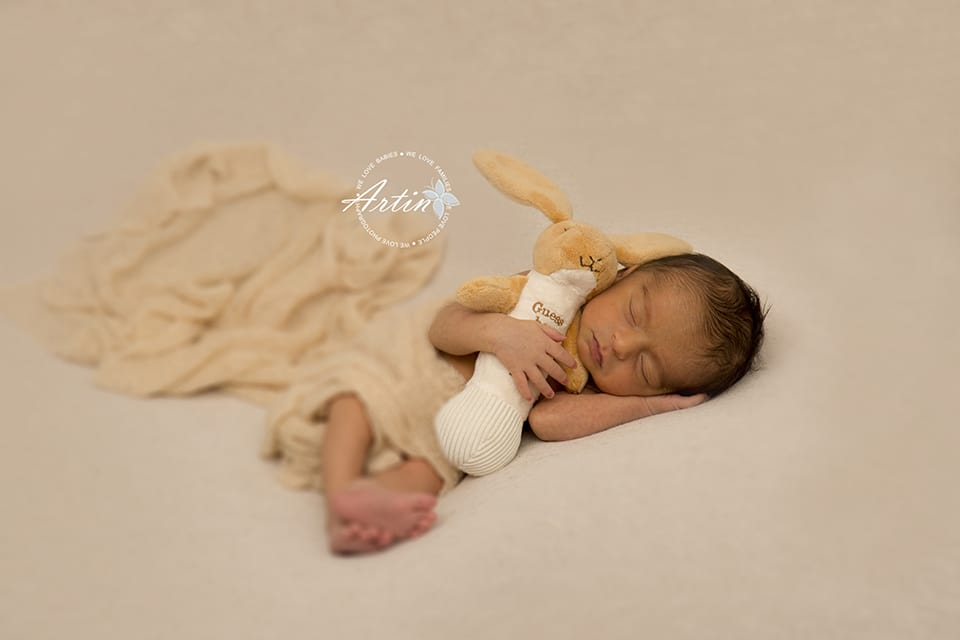 Aveer-newborn-photography-vancouver-12